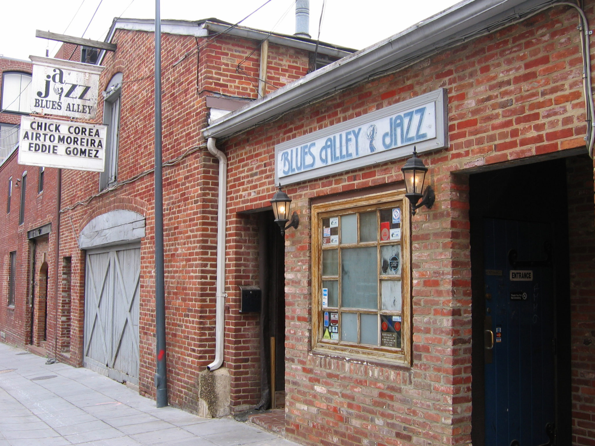 Blues_alley